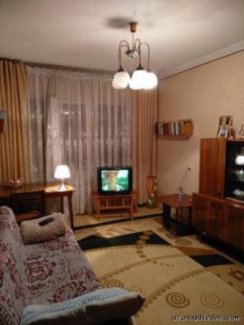 Продается 4-х комнатная квартира, Юнусабад 12